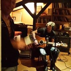 Opnames 2014 Acoustische gitaar partijen opnemen.